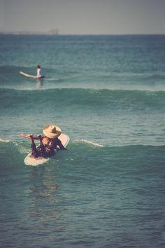 De la Mode Homme & Femme aux Vêtements & Accessoires Techniques Surf & Snowboard, Façonnez Votre Style et Équipez vous sur le Shop Officiel Billabong ! Summer Surf, Summer Vibes, Billabong, Snowboard, Surfing Pictures, Surfing Images, South Of The Border, Longboarding, Bikini