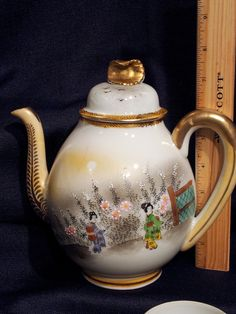 Vintage antique hand painted Japanese teapot, cups & plates, geisha girls Beautiful