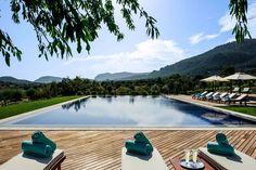 La piscine de l'hôtel Castell Son Claret à Majorque