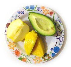 mango-si avocado-pentru-bebelusi-de-la-7-lun
