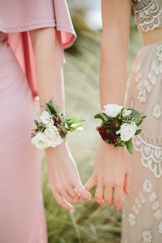 Why carry a bouquet when you can wear corsages?! #corsages #barefoot at ceremony #round seating
