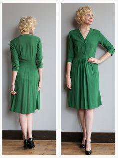 1940s Dress // Emerald Stone Wool Crepe Dress by dethrosevintage