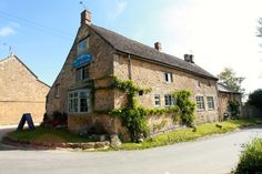 Cotswolds Pub, Restaurant and Accommodation at The Ebrington Arms near Chipping Camden