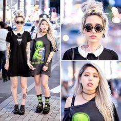 Harajuku Japan в Instagram: «Akane and @Christiiinax on the street in Harajuku with tattoos, piercings, dark fashion, and blonde hair.»
