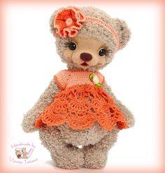 Bear girl. By Tatiana Vysota - Bear Pile