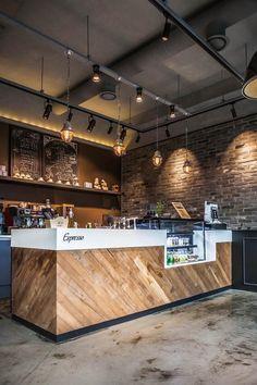 Brick interior / Coffee shop Start-up coffee shop Interior Coffee shop with brick … Coffee Shop Counter, Cafe Counter, Coffee Shop Bar, Wood Counter, Restaurant Counter, Cofee Shop, Coffee Store, Small Restaurant Design, Deco Restaurant