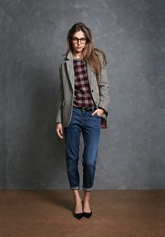 great look for fall: blazer, jeans and plaid top... don't forget the pointy shoes.