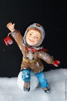 """Игрушка из ваты """"Зимние забавы- Андрейка и Сонечка"""""""