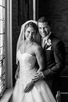 Tennessee Wedding Photographer :-  If you are looking Tennessee Wedding Photographer for your wedding photography. Billingsley & Company is a leading Photographer Company in Nashville, specializes in wedding photography and documentary.  http://www.billingsleyandcompany.com/nashville-wedding-photographer/