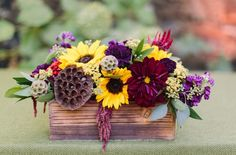 Such a pretty Sunflower centerpiece with a low profile