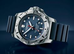 TimeZone : Industry News » Basel 2016 - Victorinox Swiss Army I.N.O.X. Professional Diver