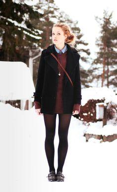 rot schwarz, Kleid im Winter