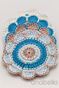 Spring flowers crochet coasters pattern