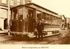 electric battery street car in Chicago