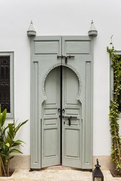 morrocan door pinned by barefootblogin.com