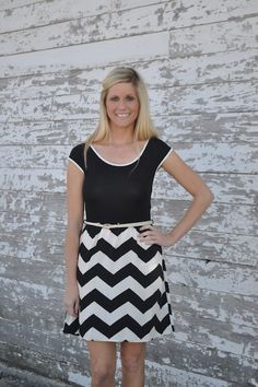 Black zigzag print dress with belt Belted Dress, Zig Zag, Zippers, Satin, Buttons, Silk, Black And White, My Style, Dresses