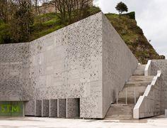 580 78 Nieto, Fuensanta-Sobejano, Enrique Ampliación del Museo de San Telmo. San Sebastián