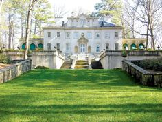 The Swan House lawn at the Atlanta History Center.. perfect for an outdoor ceremony or reception