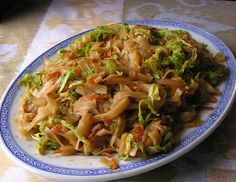 Seasonal Ontario Food: Chinese Buffet Rice Noodles with Vegetables
