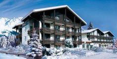 Locaţie: Götzens Clubhotel este situat într-o poziţie liniştită şi însorită, cca. 300 de metri de centrul Götzens, cca. 750 de metri de staţ...
