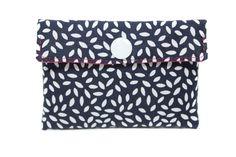 porte-cartes pochette en tissu bleu marine et blanc par Kipapee