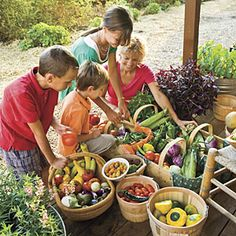 Eat Local, Eat Fresh | Slow Food | SouthernLiving.com