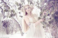 """Snowdrop Fay"" ~ Photographer: Viona ielegems; Model- Zely Mannequin; Hair & Make-Up: Tatiana Ashakova."