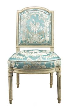 chair from versailles