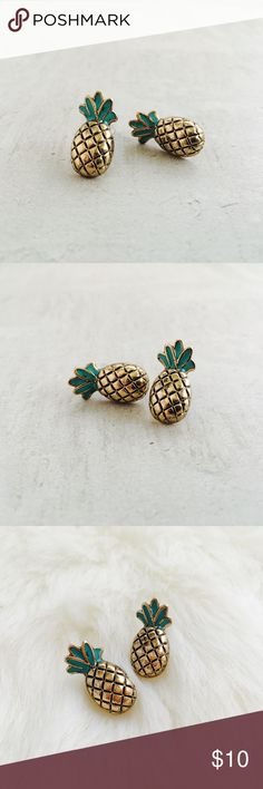 ⭐️ 3/$25 ⭐️ Pineapple Studs Super cute antiqued brass look Pineapple 🍍 studs. Amazing quality for an amazing price. Jewelry Earrings