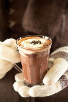 Christmas Drinks, Smoothie Drinks, Milkshake, Hot Chocolate, Cocoa, Sweet Tooth, Food And Drink, Baking, Eat