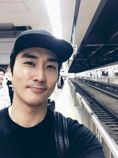 Asian Celebrities, Asian Actors, Korean Actors, Song Seung Heon, My Love Song, Love Songs, Korea University, Kdrama, Handsome