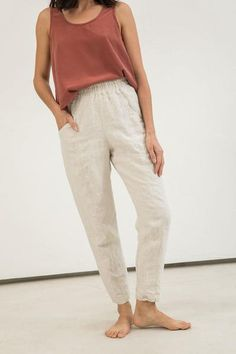 Clyde Work Pant in Midweight Linen We split our pants! Check out the other colors of the Clyde Work Oufits Casual, Casual Outfits, Slow Fashion, Ethical Fashion, Linen Pants Outfit, Looks Style, My Style, Oui Oui, Comfy Pants