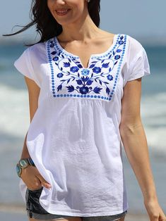 White V Neck Holiday Cotton-Blend Printed Shirts Tops – linenwe clothing shirts dinem shirt outfits blouse outfit fashion t shirt Shirts & Tops, Shirt Blouses, Casual Shirts, Look Fashion, Fashion Outfits, Casual Outfits, Look Boho, Embroidered Clothes, Embroidered Tops