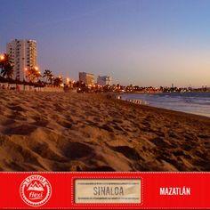 """Tour Flexi hace su parada en la paradisíaca playa de """"la Perla del Pacífico"""", Mazatlán, Sinaloa. Uno de los destinos turísticos más importantes del noreste de nuestro país, que destaca por sus riquezas naturales y la hospitalidad de sus habitantes.  ¿Ya lo has visitado? #Sinaloa #Mazatlan #TourFlexi  [Imagen: Erasmo Perez]"""