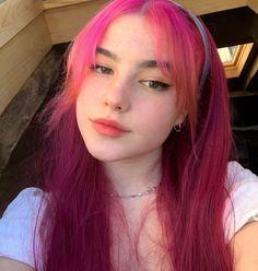 Hair Dye Colors, Hair Color, Hair Inspo, Hair Inspiration, Urban Outfit, Soft Grunge Hair, Hot Pink Hair, Dying My Hair, Haircuts With Bangs