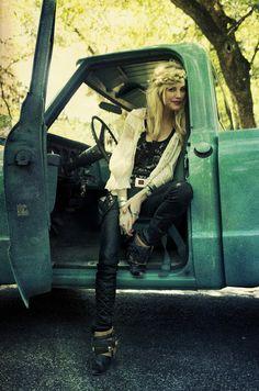 Ashley Smith | Free People July 2011 |  #photography by Alexandra Valenti | #bohemian #boho