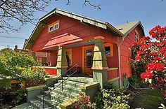 Can't get enough of this Craftsman Bungalow. #Portland #Porch #Colorful