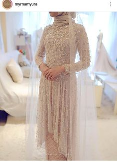 Trendy Dress Wedding Hijab - - Trendy Dress Wedding Hijab Source by wanteeajah Kebaya Wedding, Muslimah Wedding Dress, Muslim Wedding Dresses, Muslim Brides, Wedding Hijab, Dress Wedding, Hijab Bride, Muslim Couples, Hijab Gown