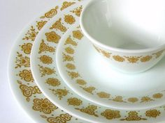 """Vintage Corelle """"Butterfly Gold"""" Dinnerware Set - This was in my house growing up. Corelle Plates, Corelle Dishes, Corelle Ware, Tableware, Vintage Dishes, Vintage Toys, Vintage Kitchen, Vintage Dishware, Vintage Dinnerware"""