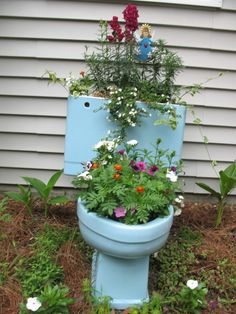 A great idea for the old toilet that we just replaced....