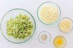 Cheesy Zucchini Breadsticks - Momsdish Great Recipes, Keto Recipes, Vegetarian Recipes, Cooking Recipes, Healthy Recipes, Snacks Recipes, Muffin Recipes, Apple Recipes, Healthy Foods