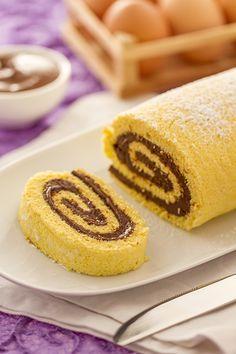 Quando ho preparato la prima volta il rotolo alla Nutella su Giallozafferano non c'erano molte ricette sul web che ne parlavano. Molti siti ( nel 2006 i bl