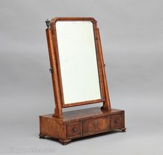 Antiques Atlas - 18th Century Walnut Dressing Table / Toilet Mirror