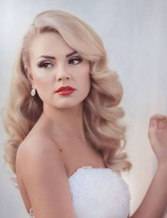 Vintage Wedding Hair Stunning Wedding Hairstyles For Medium Hair – Today you're want to fix all t. Medium Long Hair, Medium Hair Styles, Long Hair Styles, Medium Hair Wedding Styles, Soft Curls For Medium Hair, Big Curls For Long Hair, Loose Hair, Boho Wedding Hair, Wedding Hair And Makeup
