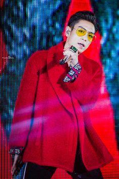 170122 TOP - BIGBANG 0.TO.10 The Final in HK