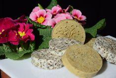 Výroba bylinného mýdla aneb čím mýdlo vylepšit Cosmetics, Homemade, 3d, Blue, Home Made, Hand Made