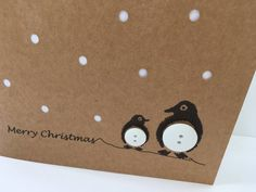 Penguin Christmas Card - Button Penguins with Paper Cut Snow - Handmade Greeting Card - Holiday Card - Set - Pack - Cute Card - Recycled Pinguin-Weihnachtskarte Knopf Pinguine mit Papier Schneiden Christmas Card Crafts, Homemade Christmas Cards, Christmas Wrapping, Christmas Greetings, Homemade Cards, Handmade Christmas, Holiday Cards, Button Christmas Cards, Christmas Lights
