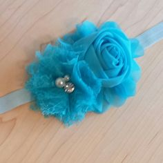 Follow us on instagram @charleesbowtique  Large rose and jeweled lace flower with matching headband. $7 Only 1 in this color available  #charleesbowtique #hairaccessories #bowtique #headbands #babyheadband #babygirl #fashion #girly #handmade #supportsmallbusiness #shopsmallbusiness