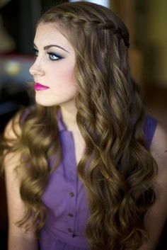Inspiration on Pretty side braid with wavy hair by Jess . Check out more Hair on Bellashoot. Teen Hairstyles, Braided Hairstyles, Wedding Hairstyles, Party Hairstyles, Hairstyle Ideas, Romantic Hairstyles, Winter Hairstyles, Textured Hairstyles, Curly Haircuts