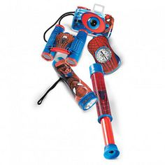 Get your little Spider-Man fan all geared up for action with this 5-piece set. Includes a flashlight, telescope, 35 mm camera, compass, and binoculars Flashlight illuminates up to 10 feet (uses 2 'AA' batteries; not included), telescope with 10X magnifying power, focus-free 35 mm camera (film not included), compact-size 4x28 Binoculars, compass Ages 4 years and up